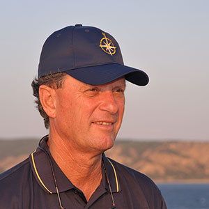 Head shot of Keynote Robert Ballard